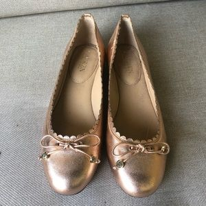 Lauren flat shoes in rose gold with front bow tie